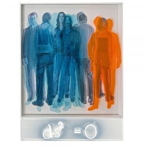 Forme simultanee, 2013. Sagome in plexi e serigrafia su tela e neon- cm. 130x100
